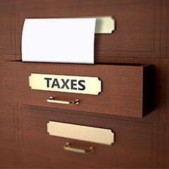 Seasonal IRS Announcements: Stop to Reflect on Taxes